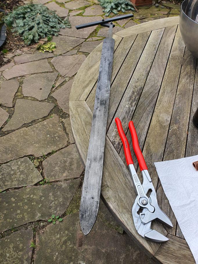 Spatha / Schwert / Replik / handgeschmiedet / beim Härten