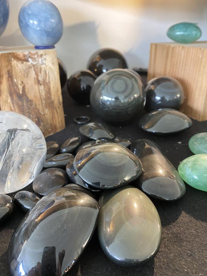 Obsidienne oeil céleste - Nimalaé - Lithothérapie et boutique de pierres et cristaux