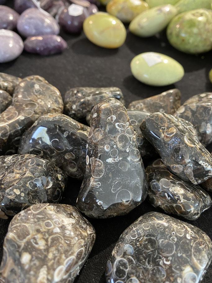 Agate turitelle - Nimalaé - Lithothérapie et boutique de pierres et cristaux