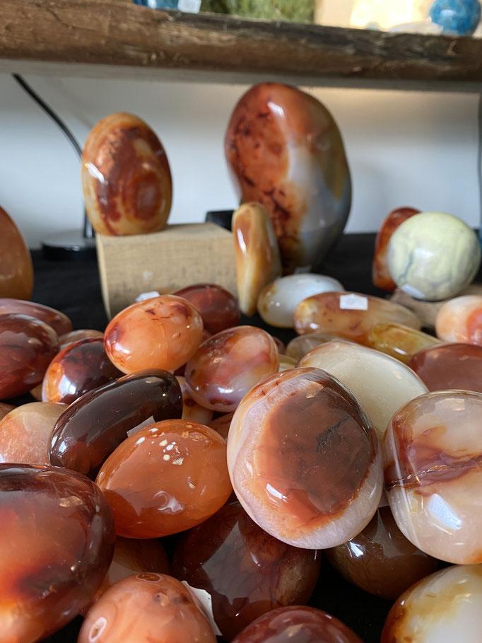 Cornaline - Nimalaé - Lithothérapie et boutique de pierres et cristaux