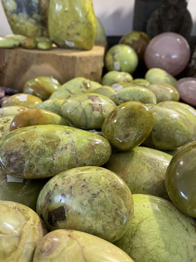 Opale Verte - Nimalaé - Lithothérapie et boutique de pierres et cristaux