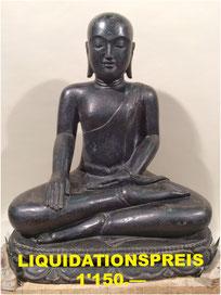 Buddha, polierter Stein. Höhe 75cm, Breite 65cm, Tiefe 45cm. 1'950.—