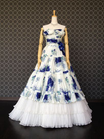 洋装ロケドレス