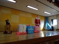 幼稚園にサンタさんとトナカイさんがきたよ~!!