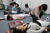 血液循環療法セミナー実技練習指導
