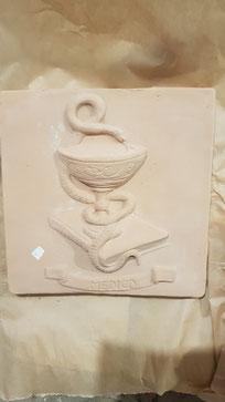 Coppa di Asclepio medica
