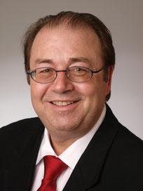 Rolf B. Staudt Lehrer für Wirtschaft und Politik Dipl. Pol. Berater für Schulentwicklung