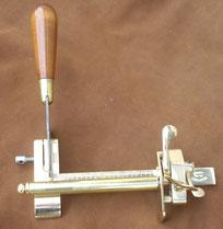 Couteau mécanique - coupe lanière cuir