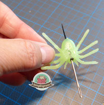 Quiet book Halloween tips spider page
