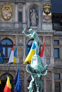 Walk Antwerp Brabo te voet