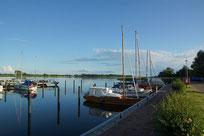 """Sommereise 2015 mit dem 20er Jollenkreuzer Cormoran """"Boddengewässer"""""""
