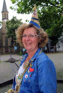 Gertrud Franke = Präsidentin