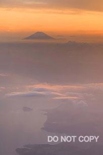 黄昏色に染まる富士 中尾直之