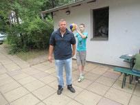 Fabian Gielow mit Patenkind Vladik