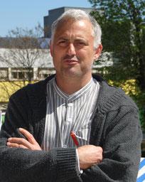 Juan Menéndez, autor de la Tesis