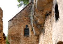 Ruinen im historischen Périgord (Foto: Peter Züllig)