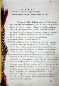 Образец «Мюнхенского соглашения», который сохранился в Лондоне