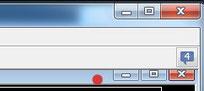 チャートの右上(●印 の位置)にカーソルを合わせて、左クリックしてそのまま押したままでマウスを動かすとチャートを移動できます。