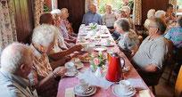 Die Senioren verbrachten vergnügliche Stunden beim Sommerfest.