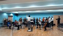 弦の夕べ・            合唱のグループとのリハーサル
