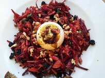 Schafkäse an Rote Rüben Salat