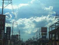 佐賀市の上空に現れた入道雲