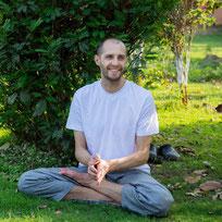 Коноровский Павел - инструктор по йоге