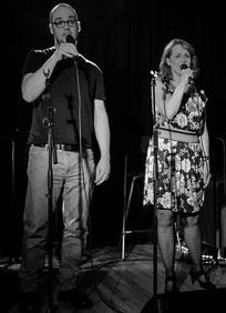 """Photo: Jackie Hole - Duett mit Elisabeth Wukitsevits """"Say Something"""" beim Konzert der CVT-Class 2015"""