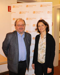 Prof. Dr. Herbert Haslinger und Angelika Fröhling, Vorstandsmitglied der Bürgerstiftung Gerricus (Foto: Michael Brockerhoff)