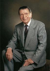 Fritz Hopf *14.April 1907; † 7.Januar 1999 [4]