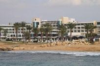 Unser Hotel ATHENA BEACH von der Meerseite