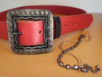 ceinture cuir rouge lisse