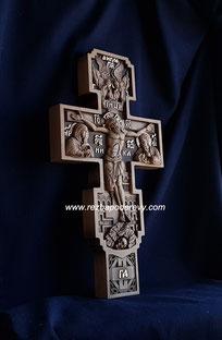 Крест резной деревянный