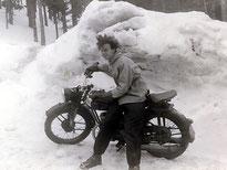 Vater mit Zündapp - 1955