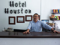 Gustavo Amaya en el Hotel Houston