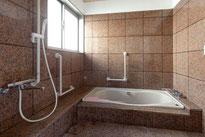 介護で入浴するお風呂