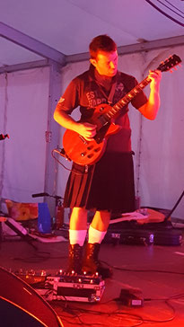 le second guitariste : Gaëtan
