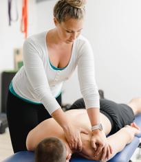"""Physiotherapeuten in der Praxisgemeinschaft Deutsch-Wagram """"Kompass Körper"""""""