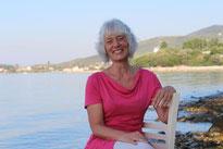 Karina Berg, Tai Chi und Qi Gong Lehrerin, Ferienkurse, Urlaub am Meer in Griechenland