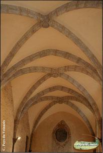 Voûtes du réfectoire des moines de Montsalvy