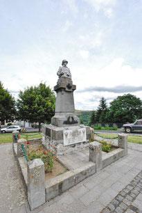 Monument aux Morts de COLLANDRES (15)