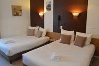 Chambre familiale Hôtel de la Colombière** - Chalon sur Saône