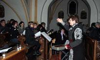 """Der Aster Kirchenchor gestaltete die """"Nacht der Lichter"""" musikalisch mit."""