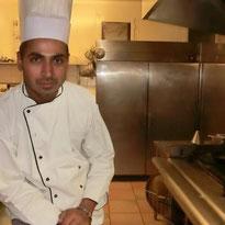 mon mari, chef du restaurant La Courtine à Cognac, vous concoctera des mets gourmands et savoureux à notre table d'hôtes