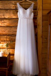 Robe de mariée en tulle et dentelle par Chris Von Martial, créatrice de robe