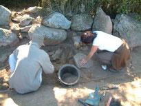 L'équipe du GVSPA fouille le mégalithe de la Marinière au Poiré sur Vie