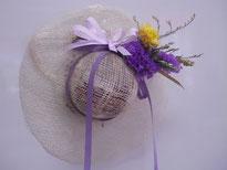 麦わら帽子のラベンダーポプリ