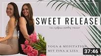 Fina und Lisa bei der #selfcaresunday Yogastunde