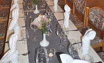 Restaurant in Lörrach mit Raum und Bankette für Jubiläen, Geburtstagsfeiern, Kommunion, Firmung, Taufen , Hochzeiten, Weihnachtsfeiern, Firmenveranstaltungen, Trauerfeiern, private Anlässe. Cafe Schwalbenäscht, Familie Rosskopf.