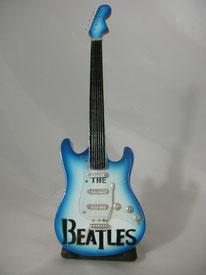 mini gitarre beatles